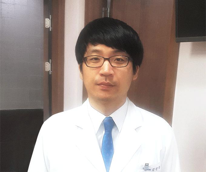 유앤미병원 원장