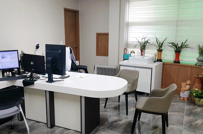 유앤미병원 진료실
